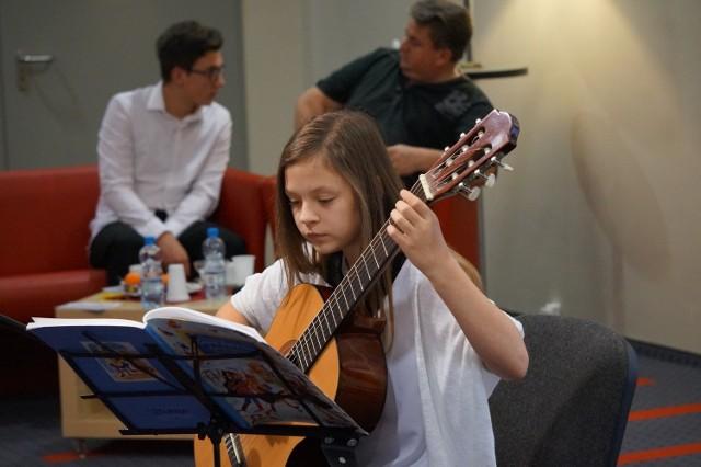 Julka Skała z Kaławy, oprócz stypendium dostała specjalne wyróżnienie. Trudno wyliczyć jej wszystkie talenty.