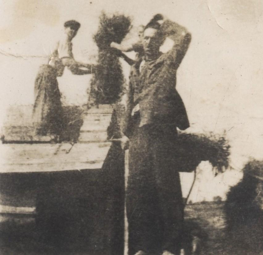 Rok 1947. Pieleszki. Związek rolniczy podczas żniw
