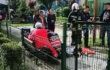 Dziecko wypadło z okna w Bieruniu. Dramatyczny wypadek chłopczyka zauważyła sąsiadka. Lądował helikopter LPR