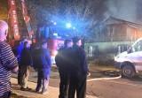 Tragiczny pożar w Dąbrowie Górniczej. Strażacy znaleźli spalonego mężczyznę. Kim była ofiara pożaru domu przy ulicy Konstytucji?