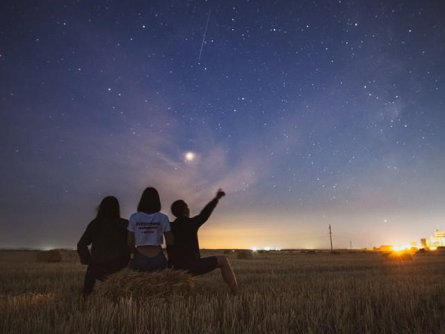 Noc spadających gwiazd coraz bliżej. Gdzie i kiedy oglądać?