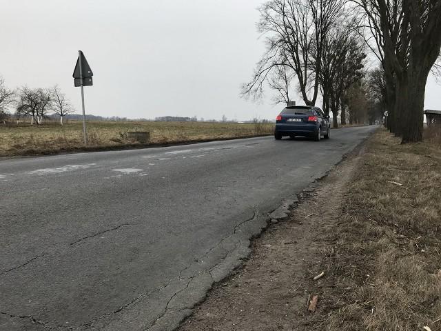 Droga wojewódzka nr 241 na trasie Sępólno - Tuchola jest w fatalnym stanie