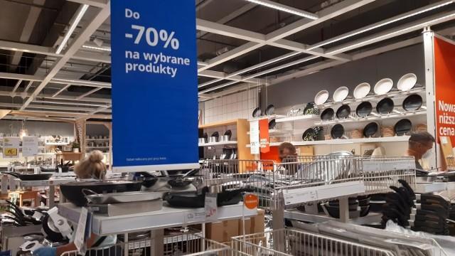Wyprzedaż w IKEA KatowiceZobacz kolejne zdjęcia. Przesuwaj zdjęcia w prawo - naciśnij strzałkę lub przycisk NASTĘPNE