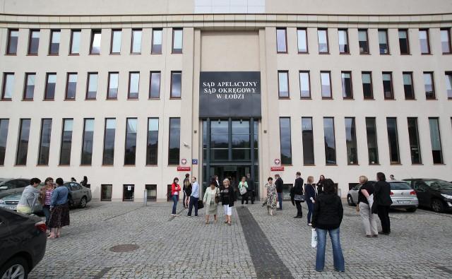 Kierowca z Białorusi, który uległ wypadkowi i był  leczony w łódzkim szpitalu, ma zapłacić za leczenie 154 tys. zł  Wyrok zapadł w Sądzie Okręgowym. Czytaj więcej na następnej stronie