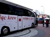 Pomóż ratować ludzkie zdrowie i życie. Oddaj krew pod Ratuszem.
