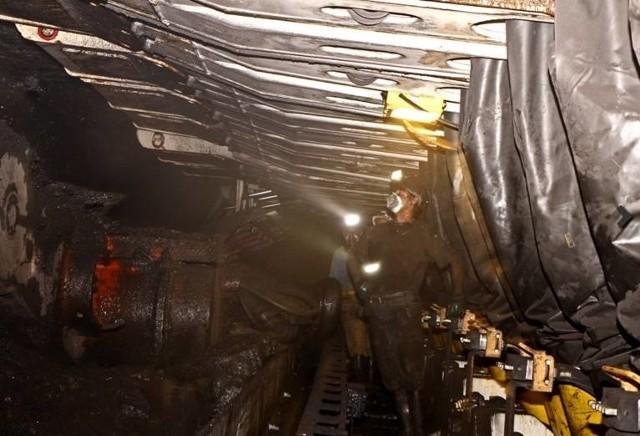 Do wypadku na kopalni Bielszowice doszło w piątek. Zginął górnik, który został poszkodowany w tym wypadku