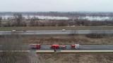 Strażacy z Tarnobrzeg patrolowali okolice wałów Wisły i Sanu (ZDJĘCIA)