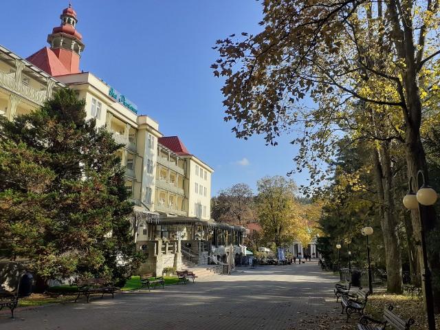 """Sanatorium Wielka Pieniawa w Polanicy-Zdroju. W tym uzdrowisku rozgrywa się akcja """"Sanatorium miłości 3"""""""