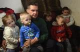 Cała Polska chce pomóc samotnemu ojcu z dziećmi