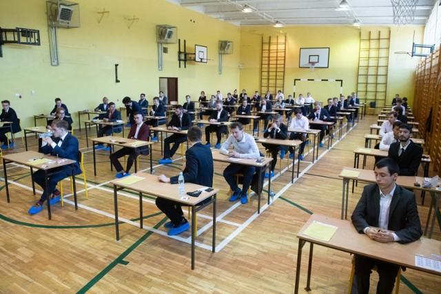 Matura 2021 ma być łatwiejsza niż egzaminy w ubiegłych latach