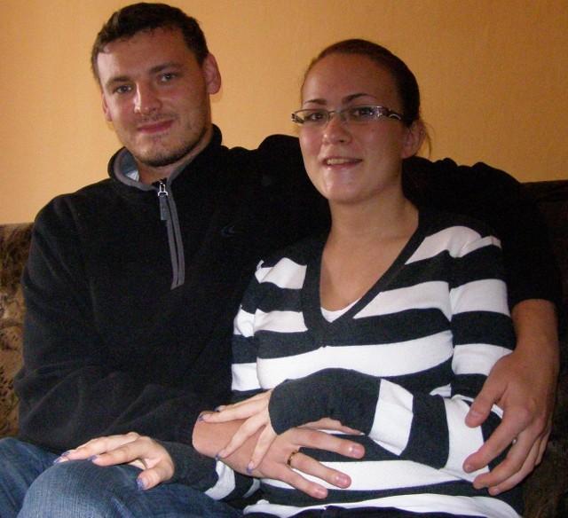 - Już nie możemy się doczekać przyjścia na świat naszego dziecka - mówią Krystian i Karolina Kutowie