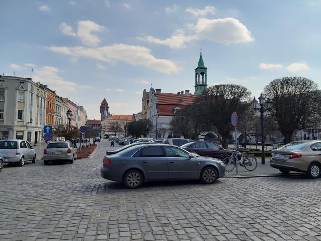 Parking na rynku w Kluczborku