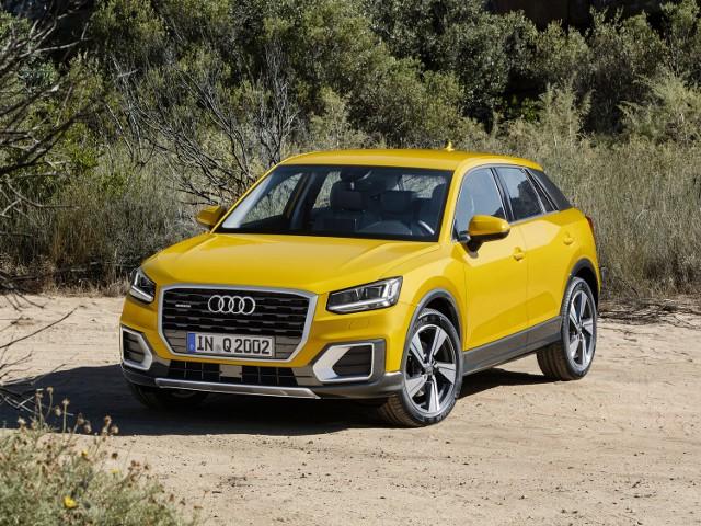 """Za 104 100 zł otrzymamy Audi Q2 z benzynowym silnikiem 1.4 TFSI  wyposażonym w system """"cylinder on demand"""" i sześciobiegową, manualną skrzynię biegów"""