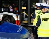 Pijany kierowca autobusu przejechał kobietę w Dąbrowie Górniczej. Sąd aresztował go na 2 miesiące