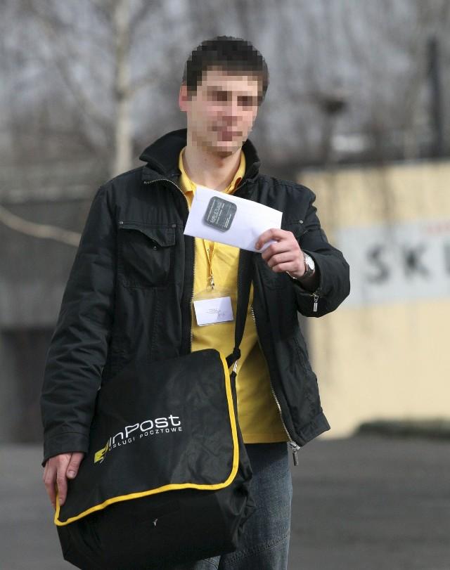 Mieszkańcy Mileszek mają poważne zastrzeżenia do pracy swojego doręczyciela z firmy InPost. Firma zapowiada poprawę
