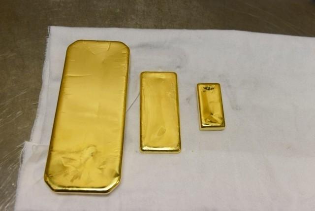 Fałszywe sztabki złota skusiły kilku właścicieli lombardów