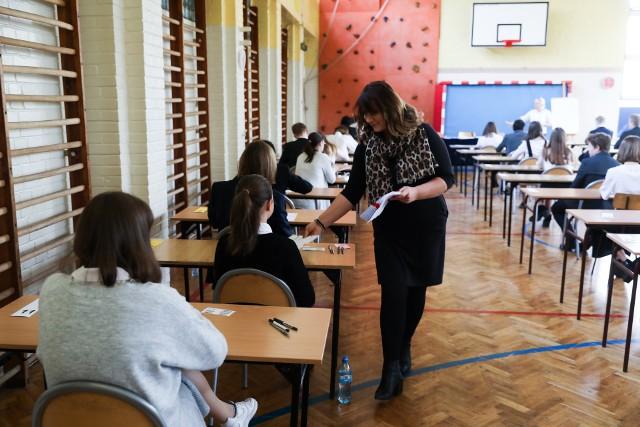 Egzamin gimnazjalny 2019: Historia i WOS.