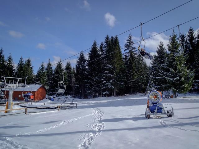 Planując wyjazd zimowy w Europie warto zaopatrzyć się w Europejską Kartę Ubezpieczenia Zdrowotnego (EKUZ).