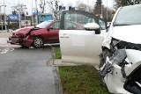 Wypadek dwóch samochodów przy dworcu głównym PKP (ZDJĘCIA)
