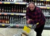 Przasnysz. Poszukiwania mężczyzny, który ukradł alkohol w Biedronce odwołane