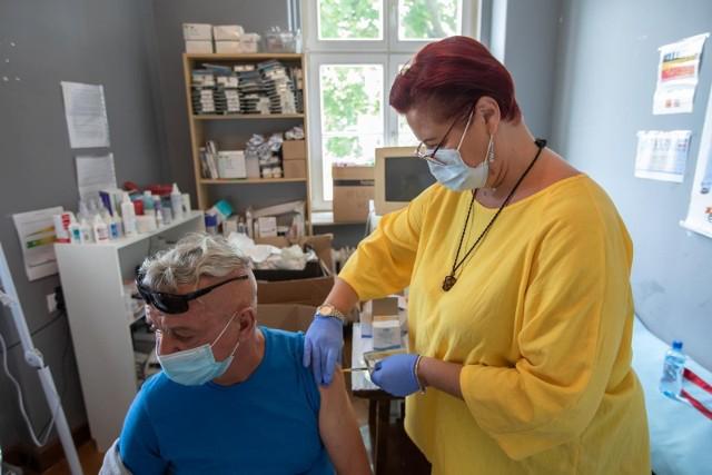 Rusza rejestracja na szczepienia trzecią dawką szczepionki na Covid-19