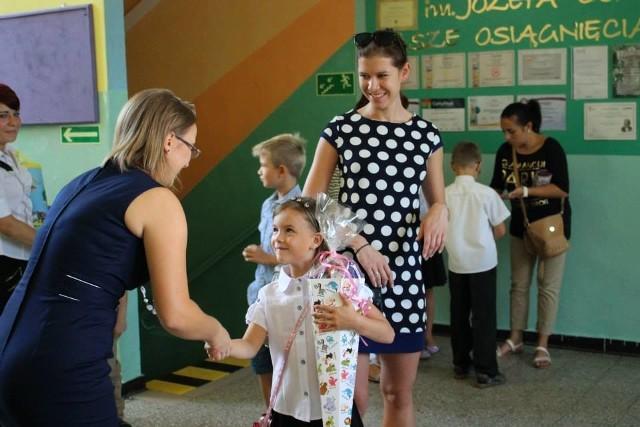 Rozpoczęcie roku szkolnego 2015/2016 w Szkole Podstawowej nr 4 w Rudzie Śląskiej