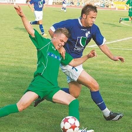 W meczu Lechia UKP - Unia nie brakowało zaciętych pojedynków. W akcjiMichał Kojder i Łukasz Kalinowski.