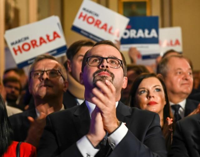 """Wiceminister Marcin Horała zapowiedział m.in., że południowy wariant tunelu KDP w Łodzi, na """"dziewięćdziesiąt parę procent"""" pojawi się w kolejnych etapach konsultacji społecznych."""