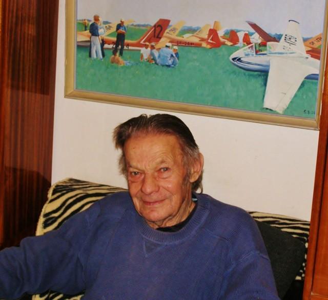 Stanisław Kluk, mimo 76 lat, wciąż jest w dobrej kondycji fizycznej.
