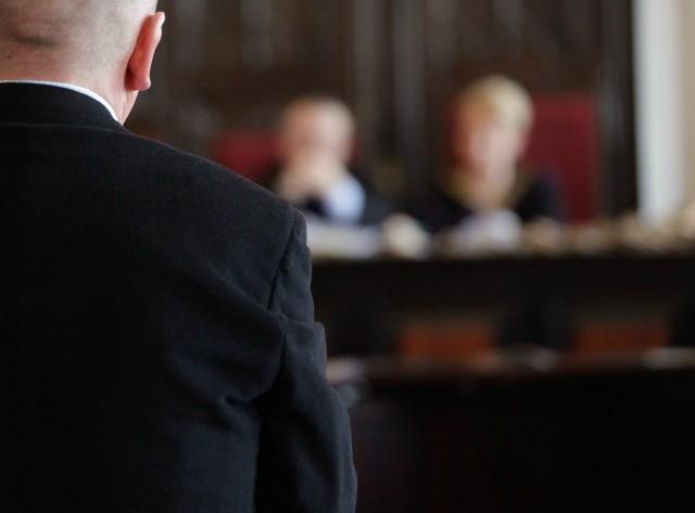 Dziś rozpoczął się proces Piotra M. oskarżonego o zabójstwo brata.