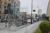 Szklane tablice z historycznymi fotografiami Nysy już zdobią śródmieście