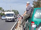 Swarzędz: Wypadek dwóch tirów na drodze krajowej nr 92 w stronę Poznania - kierowcy utknęli w korku [ZDJĘCIA]