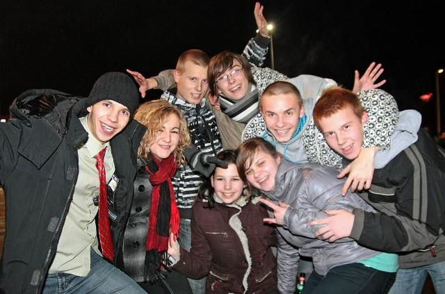 Wielu młodych grudziądzan Nowy Rok powitało na świeżym powietrzu. Nastroje wszystkim dopisywały