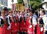 Zespół Ludowy Gniewkowianie z Gniewkowa na słynnych obchodach Bożego Ciała w Łowiczu [zdjęcia]