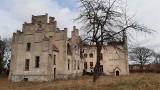 Pałac w Główczycach został spalony i niszczeje. Postępowanie umorzono. Sprawcy brak (unikalna galeria zdjęć)