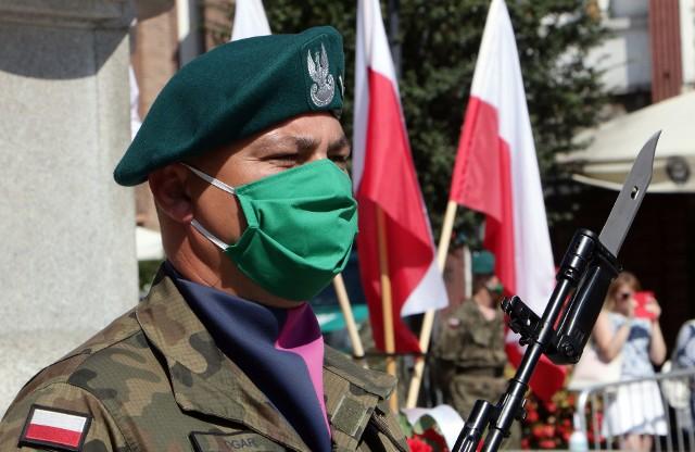 Z powodu pandemii, uroczystości Święta Wojska Polskiego i 100 lecia Bitwy Warszawskiej miały w Grudziądzu bardzo skromną oprawę.