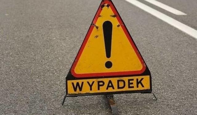 Po godzinie 17 doszło do wypadku na autostradzie A2. Na wysokości miejscowości Graboszewo przewrócił się bus. Autostrada w kierunku na Warszawę jest zablokowana.