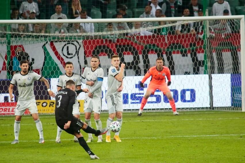 Polskie drużyny grają w trzeciej rundzie el. Ligi Europy. Gdzie oglądać ich mecze?