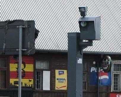 Miasto zapoluje na szalejących tirowców. Będzie 5 nowych masztów pod fotoradary (wideo, mapy)
