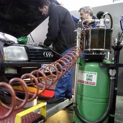 Silniki diesla, pomimo że są łatwe w obsłudze, wymagają regularnych przeglądów.
