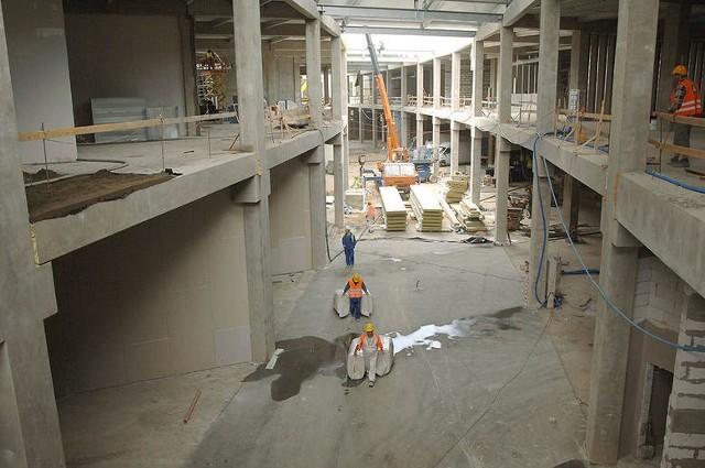 Jak przebiegały prace przy budowie Centrum Handlowego Forum w Koszalinie?