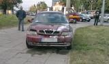Płonący samochód na al. Śmigłego - Rydza. Spłonęło daewoo nubira