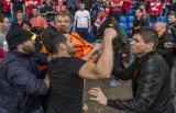 Bijatyka kibiców Liverpoolu i Sevilli przed finałem Ligi Europy [ZDJĘCIA, WIDEO]