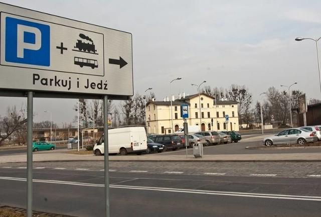"""We Wrocławiu będzie więcej parkingów """"Park and Ride"""""""