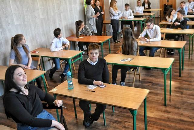 Pierwszego dnia egzaminu ósmoklasiści zmierzyli się z językiem polskim.