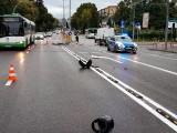 Białystok. Wypadek na ul. Antoniukowskiej. Motocyklista trafił do szpitala [ZDJĘCIA]