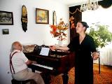 Tak w 1999 r. Katarzyna Zielińska uczyła się śpiewania w rodzinnym domu w Starym Sączu ARCHIWALNE ZDJĘCIA