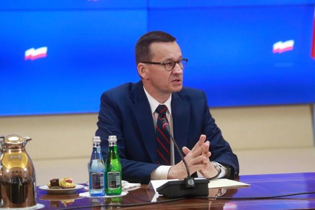 Morawiecki pisze list do seniorów. Pomimo kryzysu 13. i 14. emerytura będą wypłacane