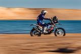 Maciej Giemza: Uderzyłem w kamień przy prędkości ponad 100 km/h. Dalsza jazda jest niemożliwa [WIDEO]
