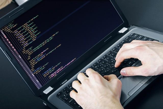 Liczba cyberataków skierowanych przeciwko biznesowi systematycznie rośnie. W ciągu minionych pięciu lat liczba ataków hakerskich podwoiła się.